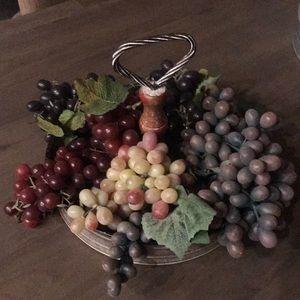 Bundle of faux grapes